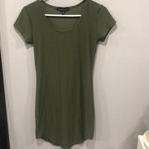 Derek heart olive green fitted T-shirt dress